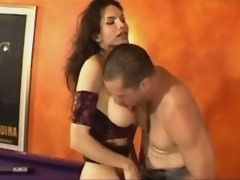 Gorgeous shemale and amateur guy suck each other