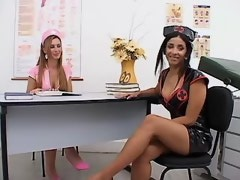 Transsexual and straight chicks seduce horny stud