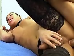 Man fucks tranny in black stockings